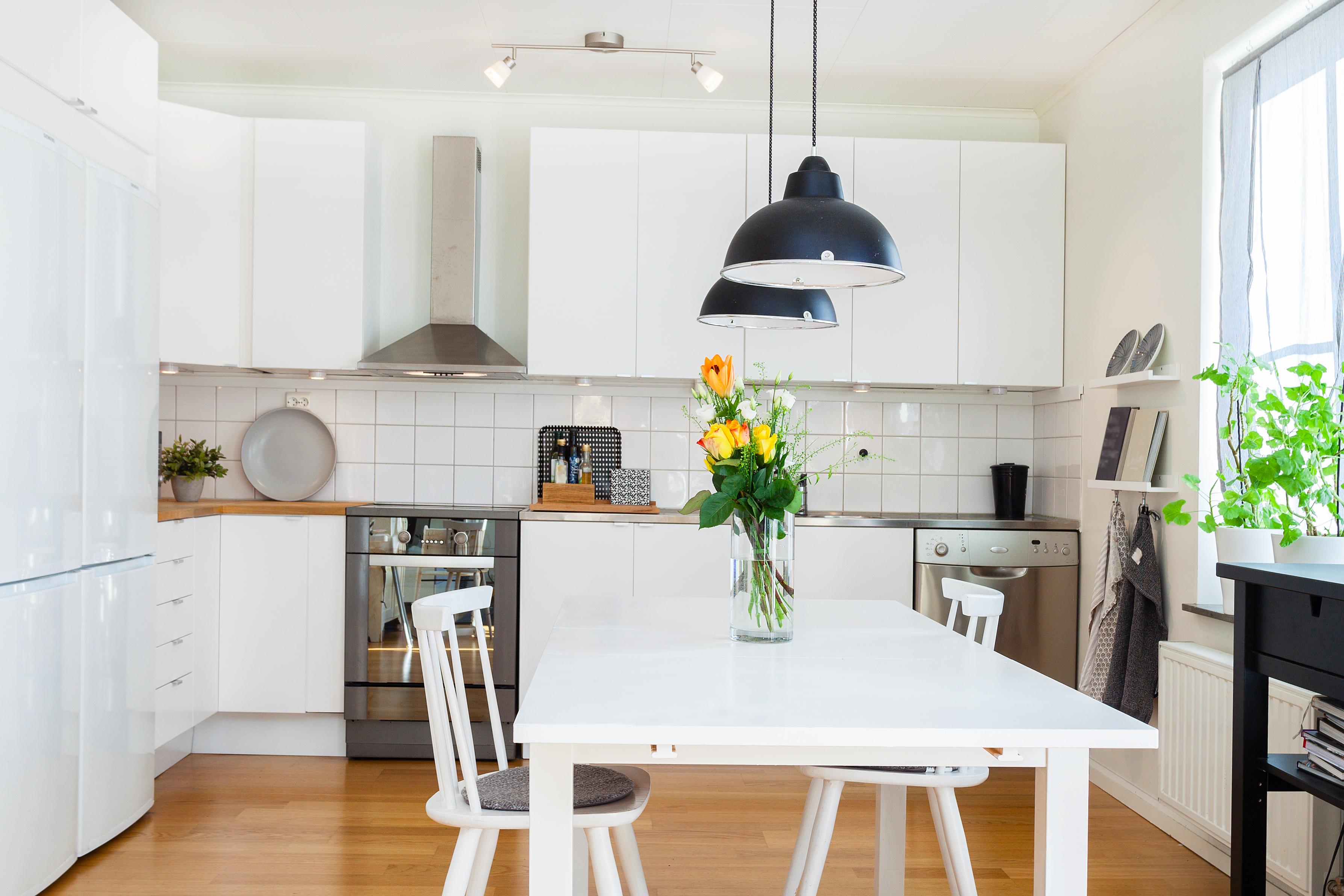 L shape kitchen design goflatpacks - Kitchen design blogs ...