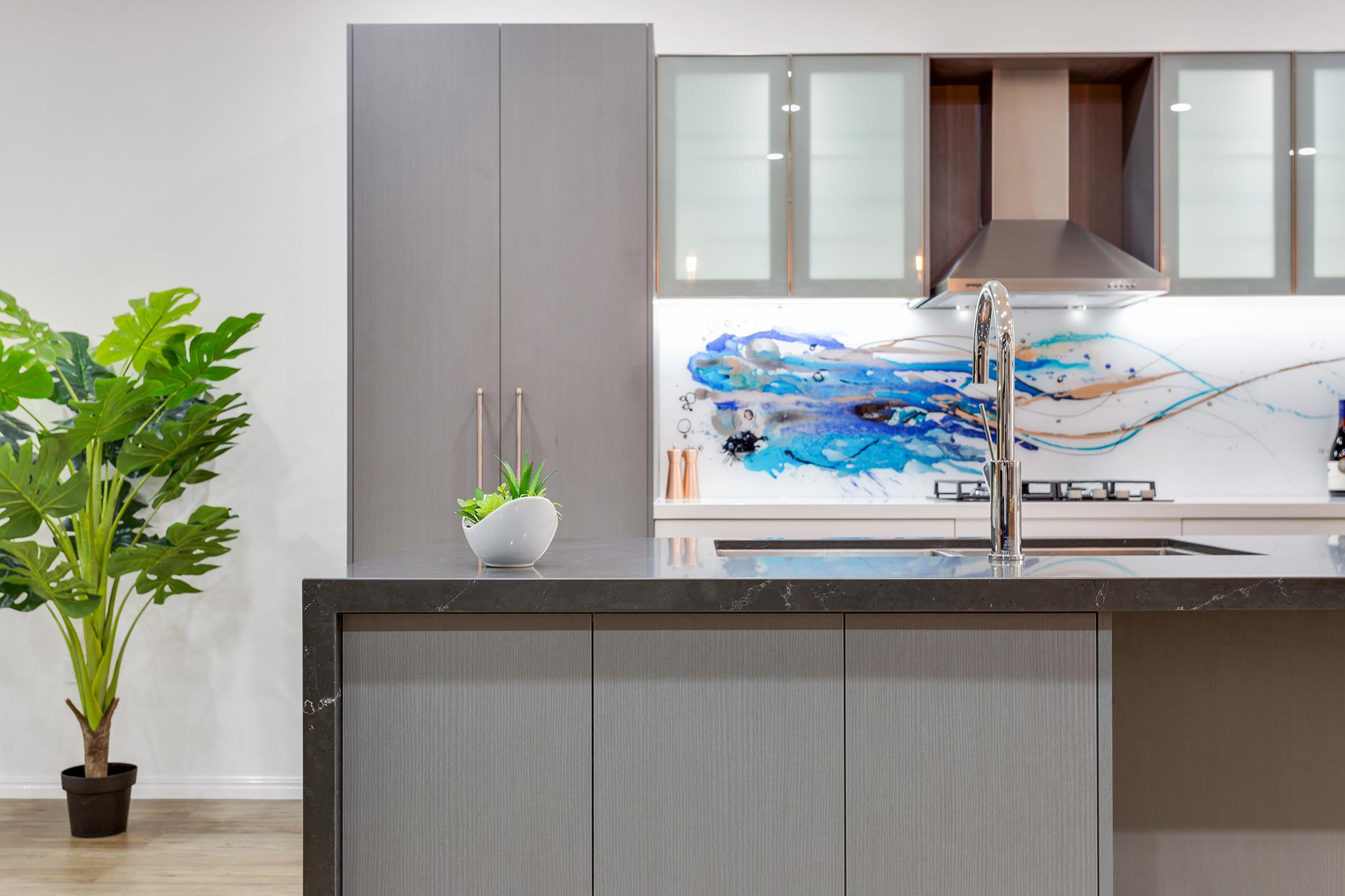 Flat Pack Queensland kitchen Showroom 4